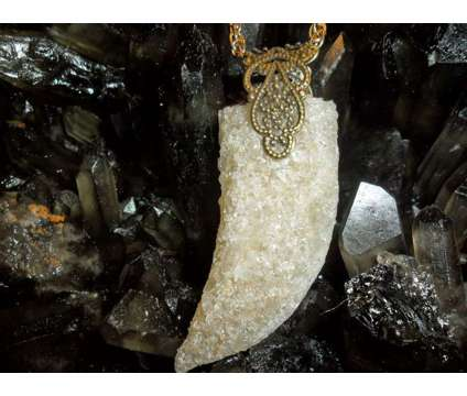 Exceptional and Beautiful Topaz Gemstone Crystal Horn Charm is a Jewelry for Sale in New York NY