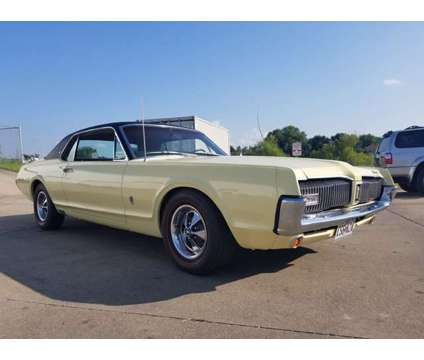 "1967 XR7 Mercurty Cougar ""S"" code 390 California car - Nicely restored is a 1967 Classic Car in Oak Grove MO"