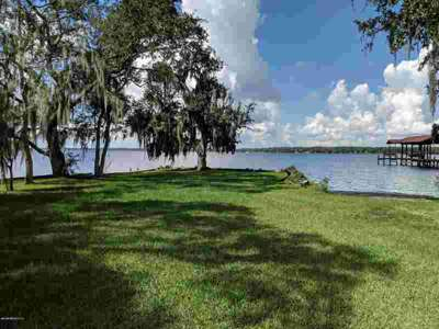 877 Creighton Rd FLEMING ISLAND Three BR, Holiday Rent REDUCTION!