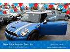 Used 2009 MINI Cooper Clubman for sale.