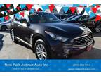 Used 2010 Infiniti FX35 for sale.