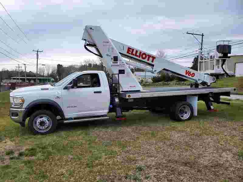 2019 Elliott V60F Sign Truck 63' Working Height