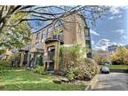 Beautiful condo located in Verdun, 15 minutes from downtown by bus, th