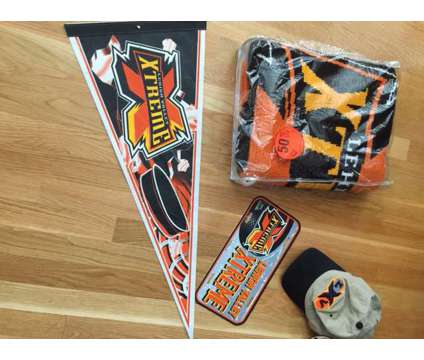 """""""Extreme"""" Hockey Team Items is a Sports Memorabilias for Sale in Wescosville PA"""