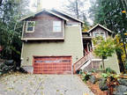 Bellingham 3 BA, Priced to sell! This beautifully built home
