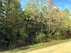 Lancaster, Over 5 acres of beautifully wooded land just