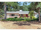 Red Bluff 3 BR 2 BA, Quiet and private setting for this 3/2 on