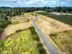 Bellingham, Perfectly located acreage minutes from!