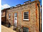 2 bed Serviced Accommodation in Bridge Street, Leatherhead for rent