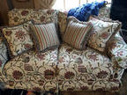 Loveseat Ethan Allen Pre-owned Love Seat Beautiful Print