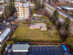 Bellingham 3 BR, Just shy of one acre zoned Multi Family in
