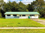 Picayune 2 BR 1.5 BA, CUTE AND AFFORDABLE BRICK ON SLAB