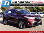 2019 Toyota Highlander Red, new