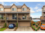 Everett 3 BR 3.5 BA, Stylish Townhome with high-end finishes &