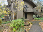 Portland 2 BR 1 BA, Easy one-level living in Sylvan Heights