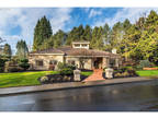 Portland 3 BR 2.5 BA, Elegant 1 level home in the heart of