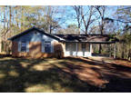 Jackson, Great opportunity! This 3 BR 1.5 BA home