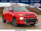 2020 Kia Soul Red, new