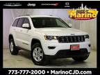 2017 Jeep grand cherokee White, 25K miles