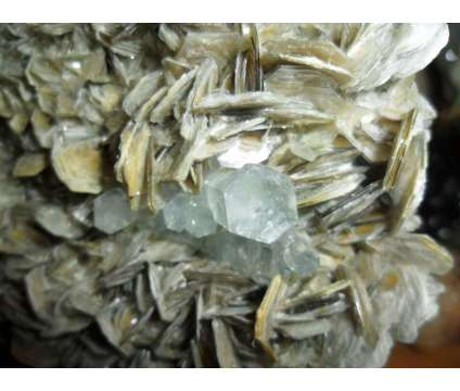 Beautiful 2396 Grams. Huge Terminated Aquamarine Crystal Cluster on a Beautiful is a Blue Collectibles for Sale in New York NY