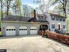 Home For Sale In Woodbridge, Virginia