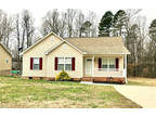 Thomasville 3 BR, Cute ranch and ready to move into.