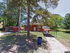 Single Family Home in Benton from HUD Foreclosed