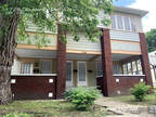 2 BR in Indianapolis IN 46202