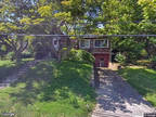 Single Family Home in White Plains from HUD Foreclosed