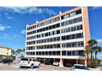 Sarasota, Welcome to Fisherman's Haven! This 2 BR/2 BA condo