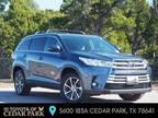 2019 Toyota Highlander Blue, 21K miles