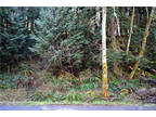 Bellingham, Easy to build on fully serviced lot on one of