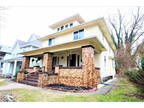 Indianapolis, Great duplex! Home is in great condition with