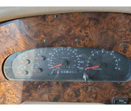 Damon Intruder is a 1999 Motorhome in Klamath Falls OR