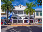 Key West 3 BA, Prime spot for a bar/restaurant is available