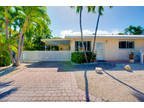 Key West 2 BR 1 BA, Beautifully maintained CBS open plan condo