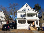Springfield 8 BR 3.5 BA, Opportunity awaits! This Multi Family