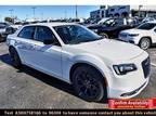 2019 Chrysler 300 White, 10 miles