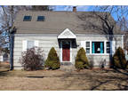 Springfield 1.5 BA, Come see this charming, well maintained