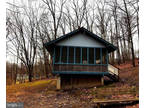 Cabin with lots for Sale