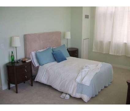 Condo May 01 2020 Square one Area – 350 Princess Royal Drive 2+ at 350 Princess Royal Drive in Mississauga ON is a Apartment