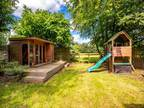 Three BR Property For Sale In Reading, Berkshire