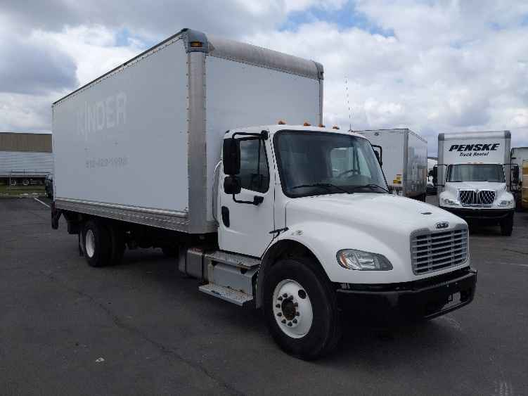 2013 Freightliner BUSINESS CLA