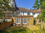 Four BR Semi-detached House To Rent In South London, London