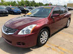 2010 RED Nissan Altima