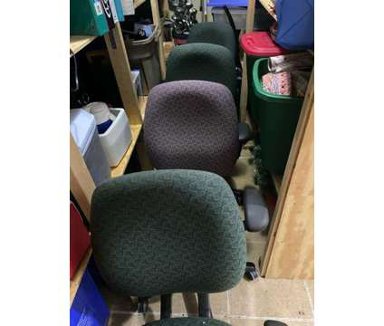 Office Chairs - 7 available is a Chairs for Sale in Mount Pleasant SC