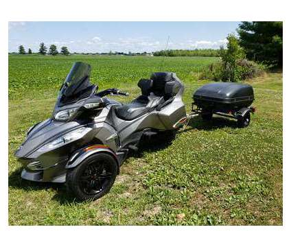 2012 Can Am Spyder Roadster RT is a 2012 Can-Am Spyder Motorcycles Trike in Deerfield Beach FL