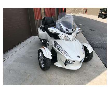 2015 Can-Am Spyder Rt Limited with Trailer is a 2015 Can-Am Spyder Motorcycles Trike in San Jose CA