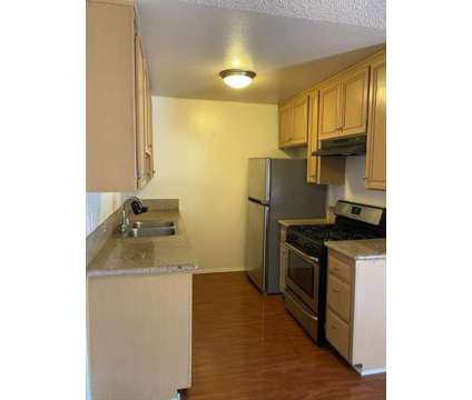2 Bd . 2 Ba For rent in Valley Glen CA is a Apartment