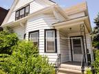 One BR in Cleveland OH 44105